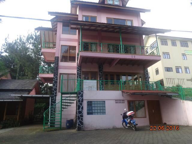 Villa Victor 6 Kamar