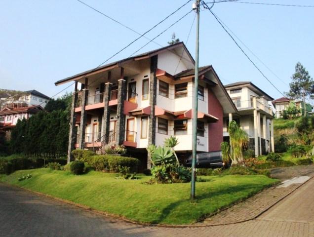 Villa 4 Kamar di Lembang