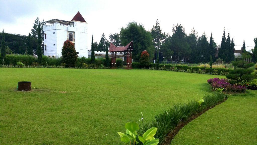 Villa untuk makrab di lembang
