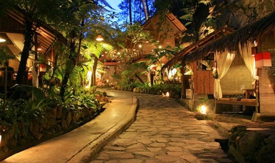 Kampung Daun Bandung Lembang