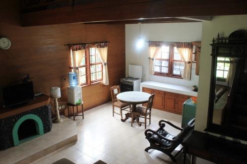 Villa Lukman