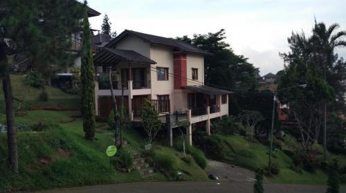 Villa I2-Trini