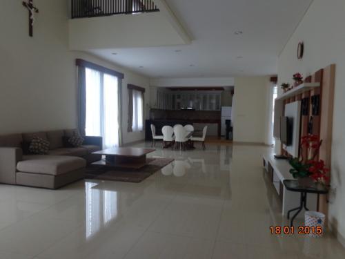 Villa Sikas -1